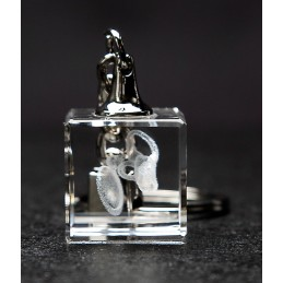 Ear Process Crystal Key Chain end view